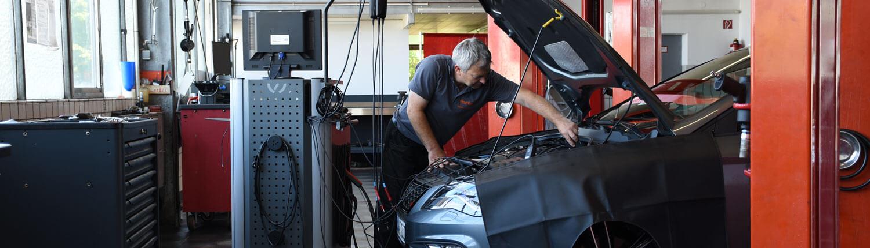 Seat und Toyota Werkstatt in Hattingen